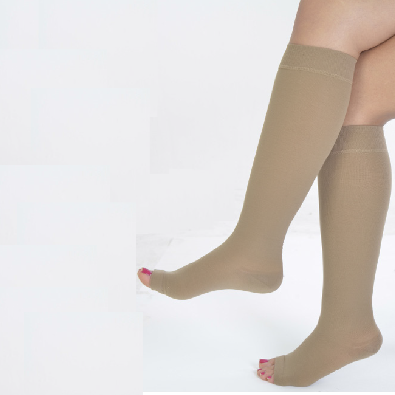 VARICOSE STOCKING MED COMP KNEE 4550 BEIGE 6 OPN