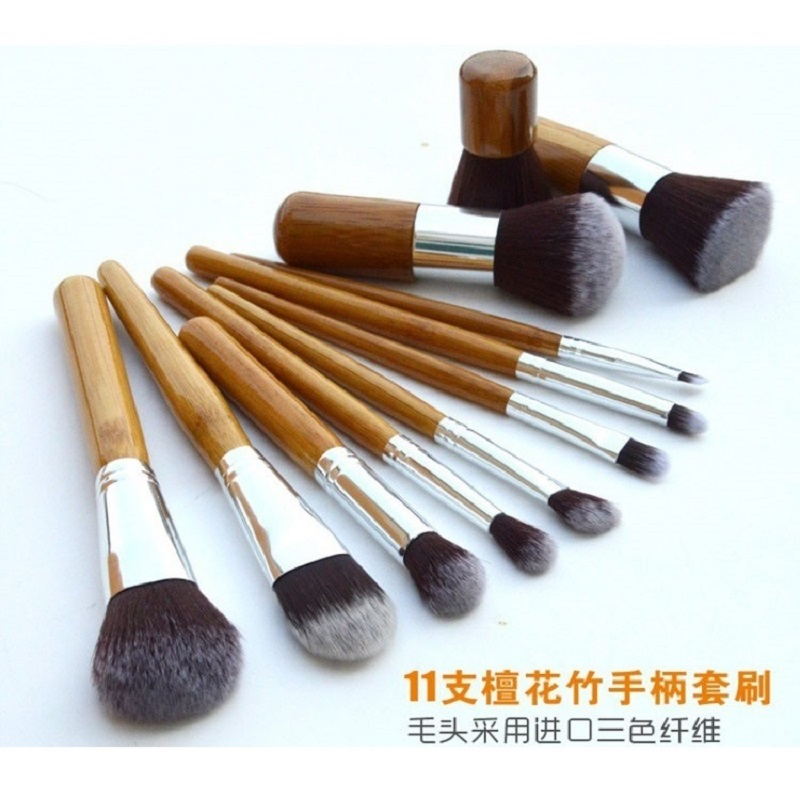 Cosmetic Make Up Brush 11 Set with Pouch / Kuas Make Up